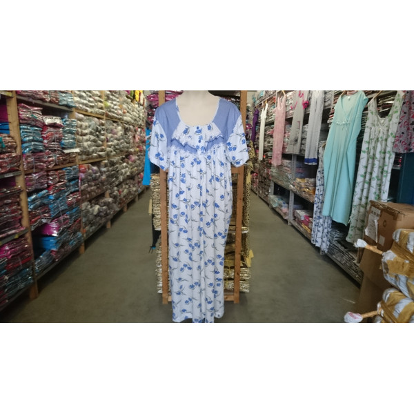 Nachthemd dames met ronde hals en knoopjes   100% katoen
